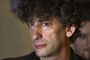Neil Gaiman (pic by Mika Stetsovski)